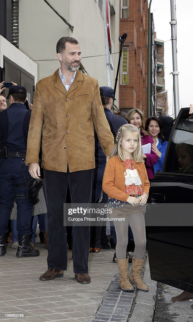 Prince Felipe of Spain and his daughter Princess <a gi-track='captionPersonalityLinkClicked' href=/galleries/search?phrase=Leonor+-+Princess+of+Asturias&family=editorial&specificpeople=6328965 ng-click='$event.stopPropagation()'>Leonor</a> visit King Juan Carlos of Spain on November 25, 2012 in Madrid, Spain. King Juan Carlos of Spain underwent an operation on his left hip.