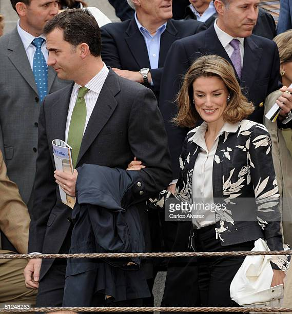 Prince Felipe of Spain and Princess Letizia of Spain attend a bullfight at Las Ventas Bullring on May 27 2008 in Madrid Spain