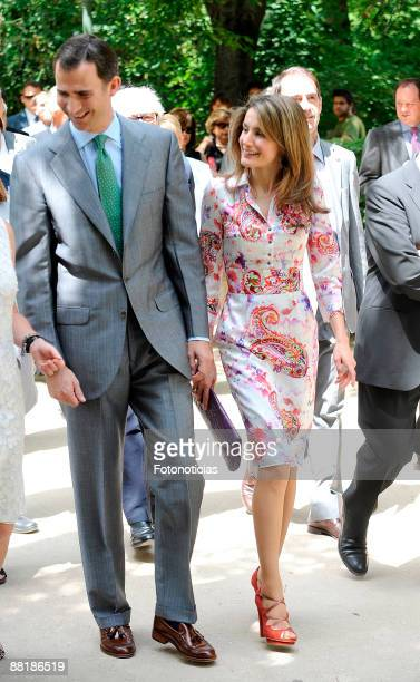Prince Felipe of Spain and Princess Letizia of Spain attend the PhotoEspana 2009 exhibition opening at the Real Jardin Botanico on June 3 2009 in...