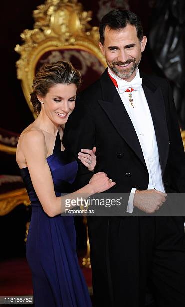 Prince Felipe of Spain and Princess Letizia of Spain attend the Gala Dinner in honour of the Emir of the State of Qatar and Sheikha Mozah Bint Nasser...