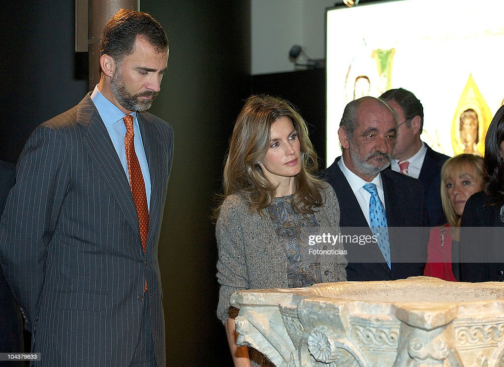 Prince Felipe of Spain and Princess <a gi-track='captionPersonalityLinkClicked' href=/galleries/search?phrase=Letizia+of+Spain&family=editorial&specificpeople=158373 ng-click='$event.stopPropagation()'>Letizia of Spain</a> attend the opening of 'In Principio Erat Verbum:El Reino de Leon y sus Beatos' exhibition on September 23, 2010 in Leon, Spain.