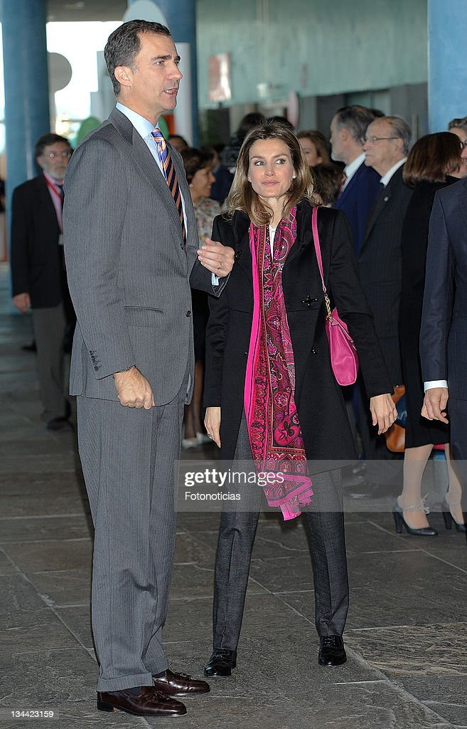 prince-felipe-of-spain-and-princess-letizia-of-spain-attend-the-of-picture-id134423159