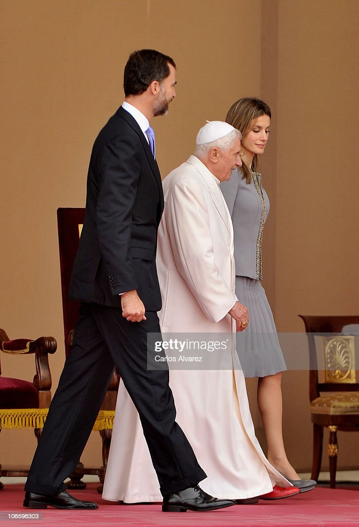 Prince Felipe of Spain and Princess Letizia of Spain receive Pope Benedict XVI at the Lavacolla airport on November 6, 2010 in Santiago de Compostela, Spain. The Pope is on a two-day visit to Spain which includes an open-air Mass and a visit to Barcelona tomorrow.