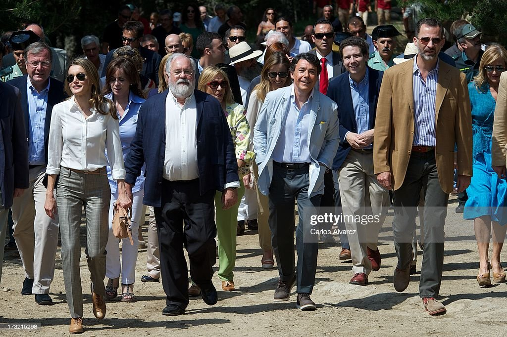 Prince Felipe of Spain (R) and Princess Letizia of Spain (L) visit the new National Park of Sierra de Guadarrama on July 10, 2013 in Rascafria, near of Madrid, Spain.