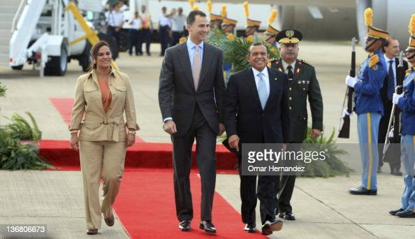 Prince Felipe with Porfirio Lobo Sosa president of Honduras and her wife Rosa Elena de Lobo during his visit to Honduras on January 11 2012 in...