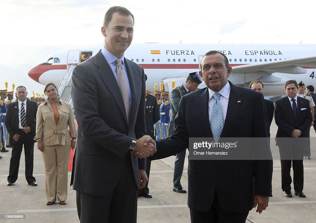 Prince Felipe with Porfirio Lobo Sosa president of Honduras during his visit to Honduras on January 11 2012 in Tegucigalpa Honduras