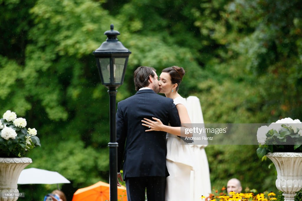 prince-felix-of-luxembourg-and-princess-claire-of-luxembourg-after-picture-id180871027