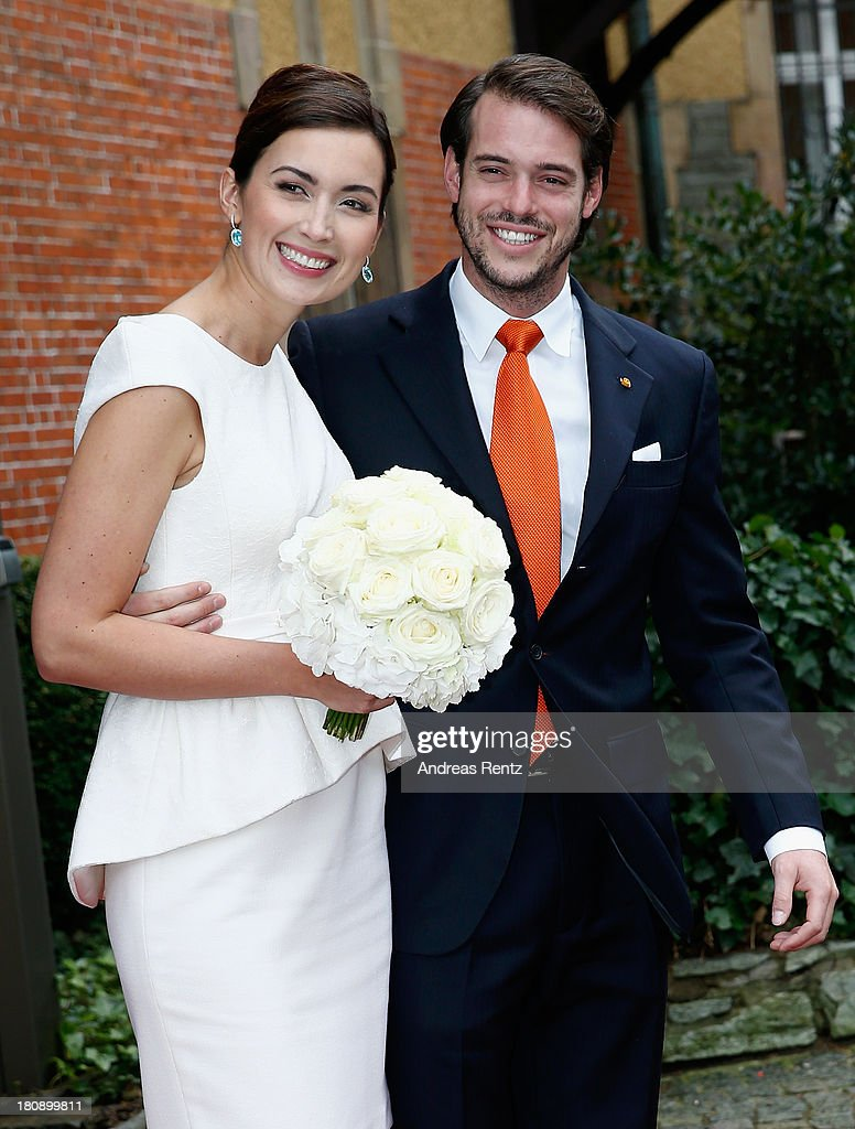 Prince Felix Of Luxembourg and <a gi-track='captionPersonalityLinkClicked' href=/galleries/search?phrase=Princess+Claire+of+Luxembourg&family=editorial&specificpeople=9040476 ng-click='$event.stopPropagation()'>Princess Claire of Luxembourg</a> depart the villa after their Civil Wedding Ceremony at Villa Rothschild Kempinski on September 17, 2013 in Konigstein, Germany.