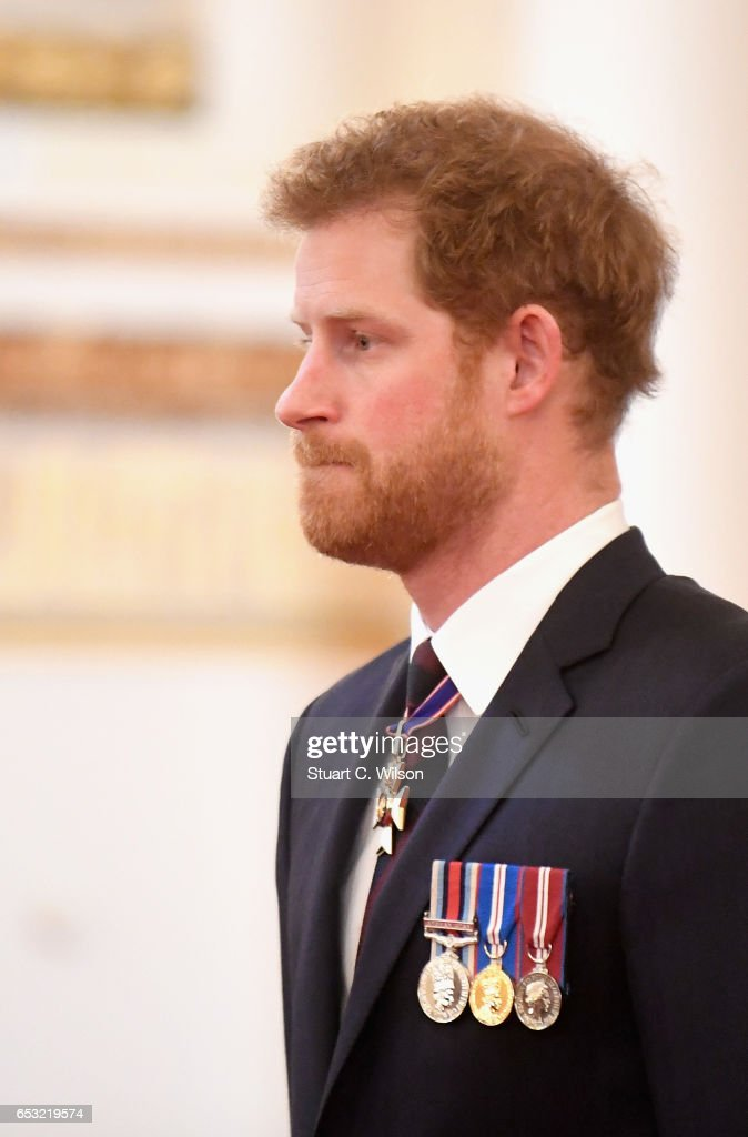 prince-harry-attends-a-medal-presentation-for-the-royal-gurkha-rifles-picture-id653219574