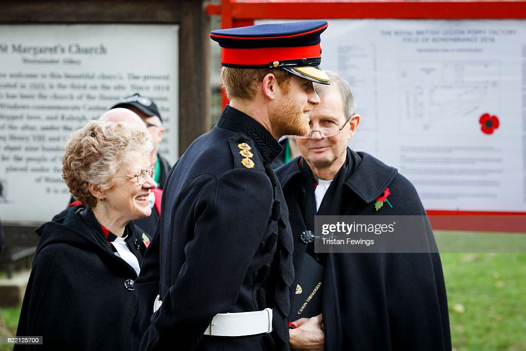 prince-harry-attends-the-fields-of-remembrance-at-westminster-abbey-picture-id622125700