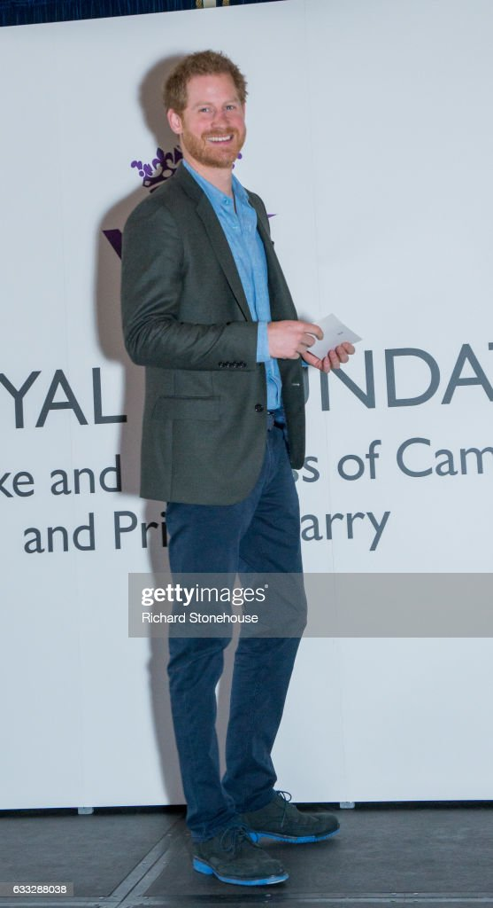 prince-harry-during-an-official-visit-to-full-effect-coach-core-on-1-picture-id633288038