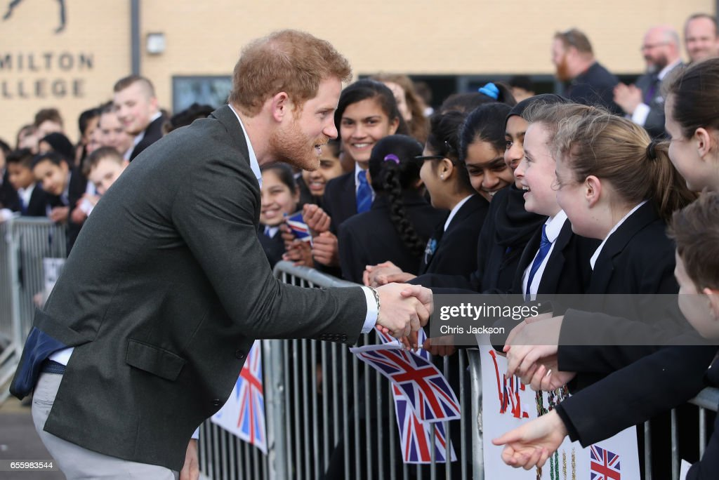 prince-harry-meets-school-children-during-a-visit-to-hamilton-college-picture-id655983544