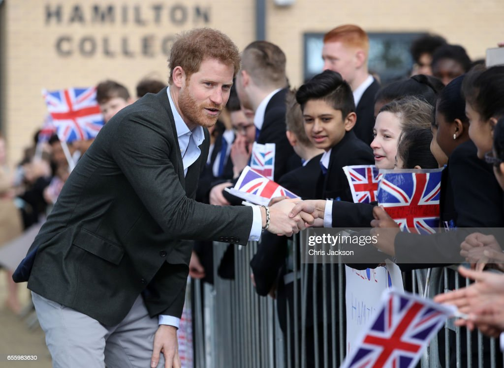 prince-harry-meets-school-children-during-a-visit-to-hamilton-college-picture-id655983630