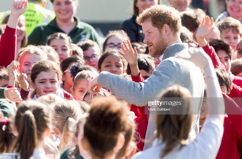 prince-harry-meets-school-children-under-the-queens-oak-tree-during-a-picture-id653495902