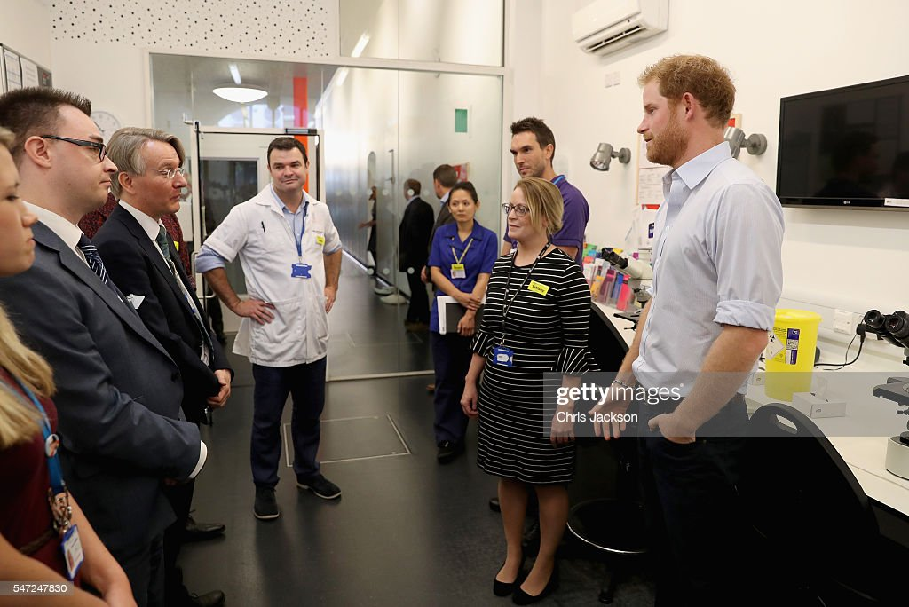 prince-harry-meets-staff-as-visits-burrell-street-sexual-health-on-picture-id547247830