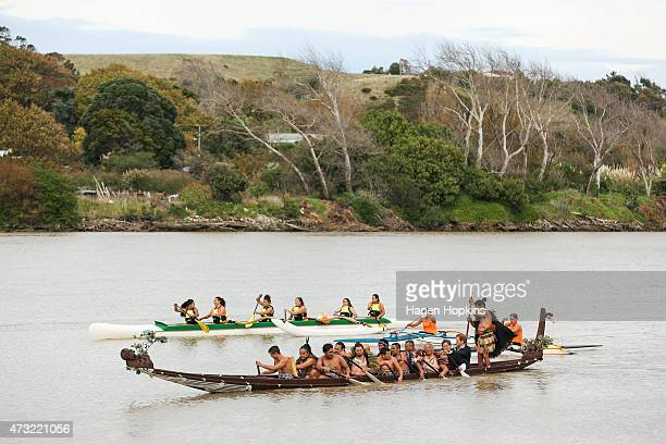 Prince Harry paddles a waka on the Whanganui River during a visit to Putiki Marae on May 14 2015 in Wanganui New Zealand Prince Harry is in New...