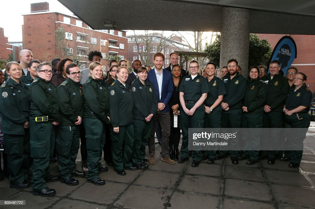 prince-harry-poses-with-ambulance-staff-during-a-visit-to-the-london-picture-id633491722
