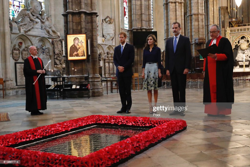 Prince Harry, Queen Letizia of Spain, King Felipe of Spain and the Dean of Westminster Dr John Hall stand beside the grave of the Unknown Warrior at Westminster Abbey during a State visit by the King and Queen of Spain on July 13, 2017 in London, United Kingdom. This is the first state visit by the current King Felipe and Queen Letizia, the last being in 1986 with King Juan Carlos and Queen Sofia.