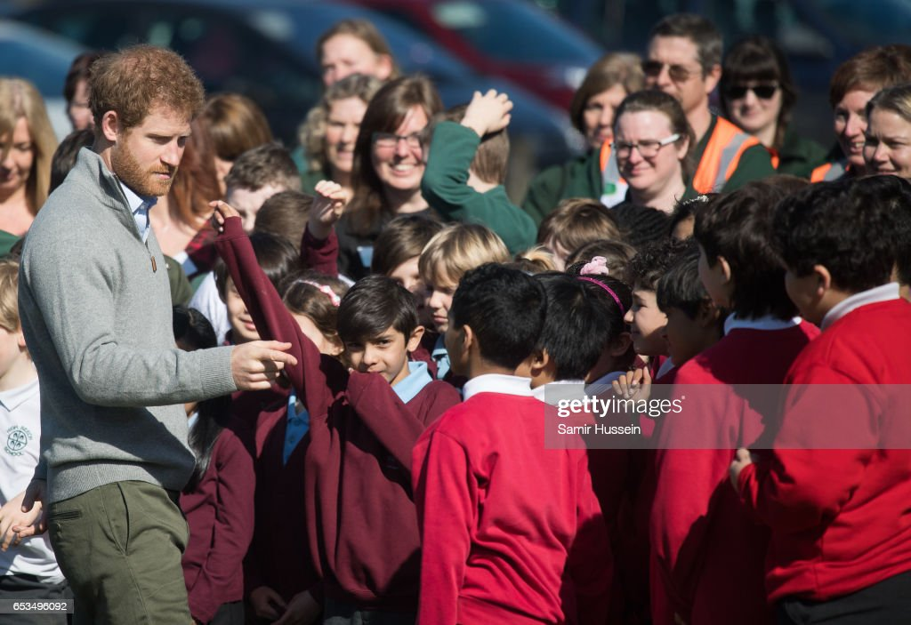 prince-harry-talks-to-school-children-during-a-visit-to-epping-forest-picture-id653496092