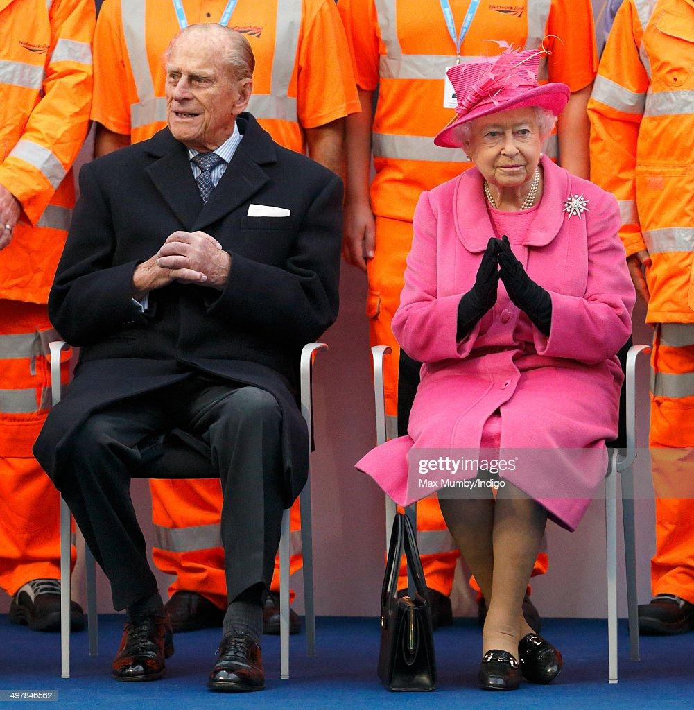 Prince Philip, Duke of Edinburgh and Queen Elizabeth II visit the newly redeveloped Birmingham New Street Station on November 19, 2015 in Birmingham, England.