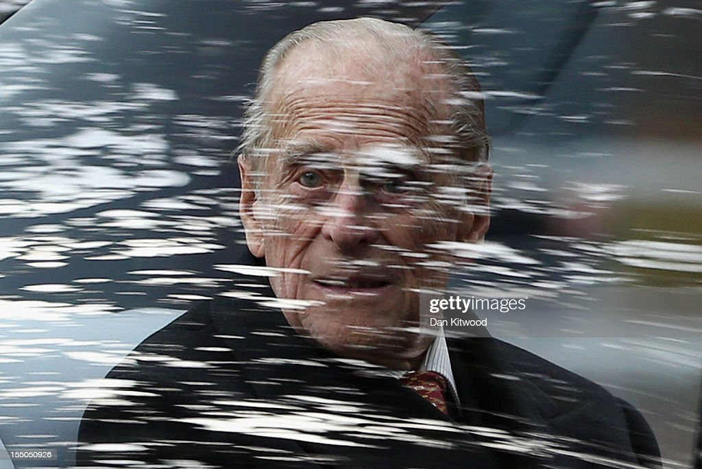 <a gi-track='captionPersonalityLinkClicked' href=/galleries/search?phrase=Prince+Philip&family=editorial&specificpeople=92394 ng-click='$event.stopPropagation()'>Prince Philip</a>, Duke of Edinburgh proceeds along The Mall to greet Susilo Bambang Yudhoyono, the President of the Republic of Indonesia, for a Ceremonial Welcome at the start of their State Visit to the UK on October 31, 2012 in London, England. During President Yudhoyono and his wife's three day State Visit to the UK they will stay in Buckingham Palace and meet with members of the Royal Family, Prime Minister David Cameron and lay a wreath at the Grave of the Unknown Warrior in Westminster Abbey.