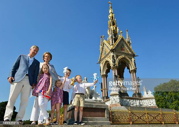 Prince Philippe Princess Elisabet Princess Mathilde Prince Gabriel and Prince Emmanuel of Belgium pose for a photo during a visit to central London...