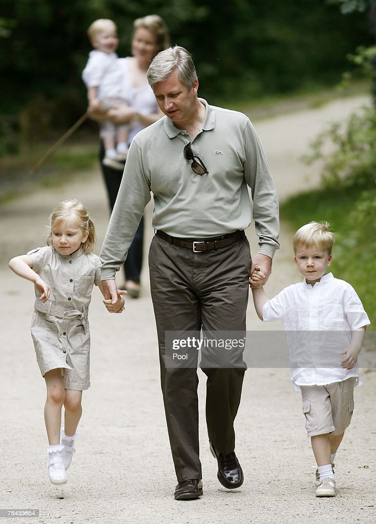Prince Philippe Princess Mathilde of Belgium and their children Princess Elisabeth Prince Gabriel and Prince Emmanuel of Belgium walk in the parc...