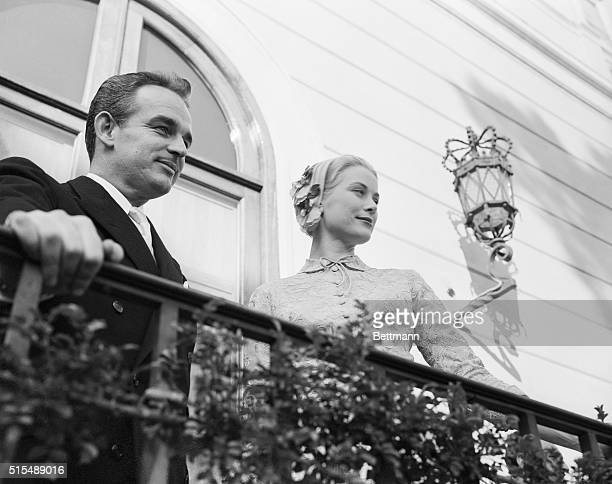 Prince Rainier and Grace Kelly on Balcony