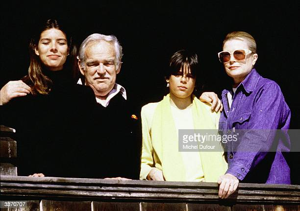 Prince Rainier III of Monaco poses with daughters Princess Caroline Princess Stephanie and wife Princess Grace Kelly at Schonried in 1981 in Gstaad...