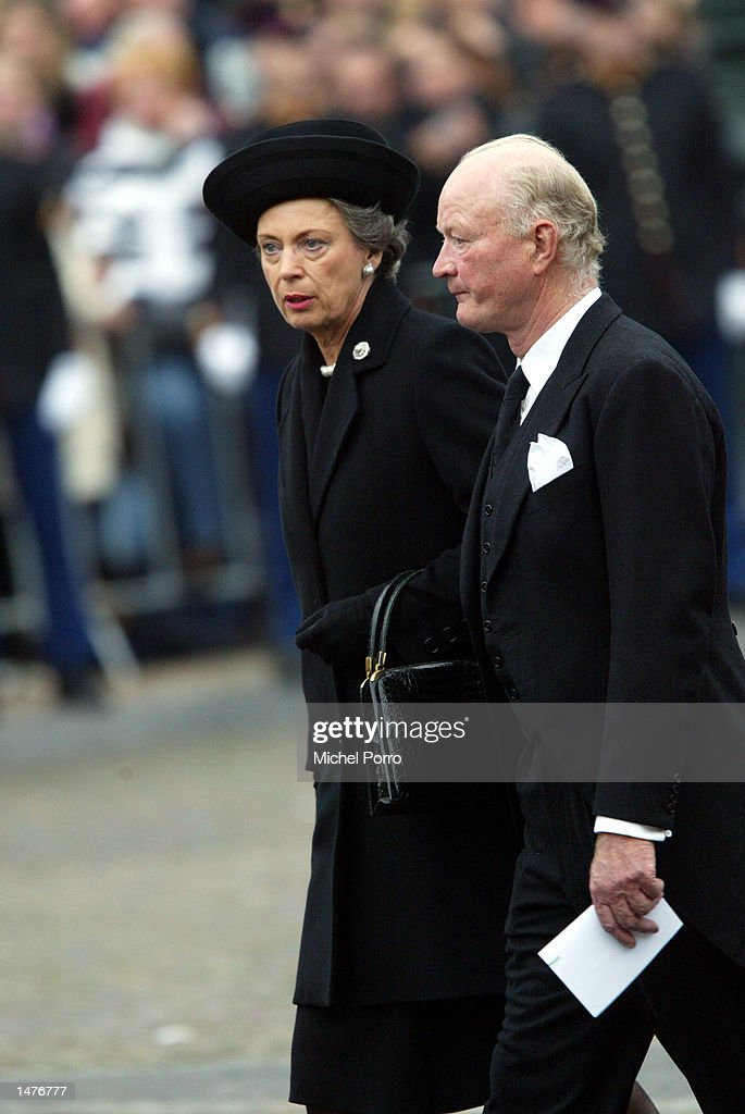 Prince Richard and Princess Benedikte zu Sayn-Wittgenstein-Berleburg walk to the Nieuwe kerk church for the funeral ceremony of Prince Claus of the Netherlands October 15, 2002 in Delft, Netherlands. Prince Claus, husband to Queen Beatrix, died October 6, 2002 after a long battle with Parkinson's disease and pneumonia.