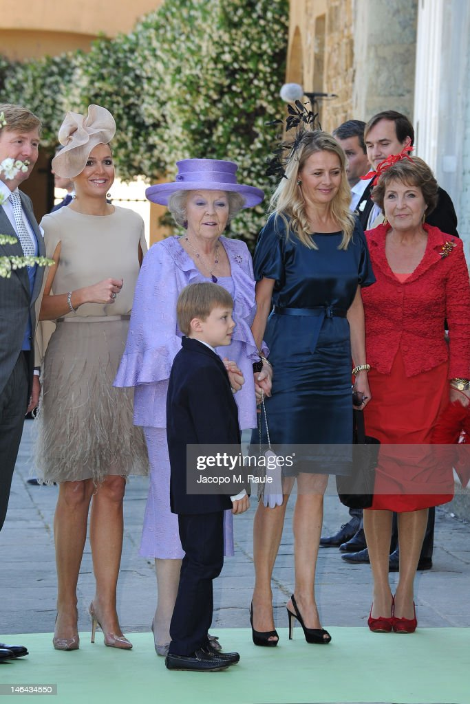 Prince Willem-Alexander, Princess Maxima of the Netherlands, Queen Beatrix, Count of Orange Claus-Casimir, Princess Mabel and <a gi-track='captionPersonalityLinkClicked' href=/galleries/search?phrase=Princess+Margriet+of+the+Netherlands&family=editorial&specificpeople=218211 ng-click='$event.stopPropagation()'>Princess Margriet of the Netherlands</a> and arrive for the Princess Carolina Church Wedding With Mr Albert Brenninkmeijer at Basilica di San Miniato al Monte on June 16, 2012 in Florence, Italy.