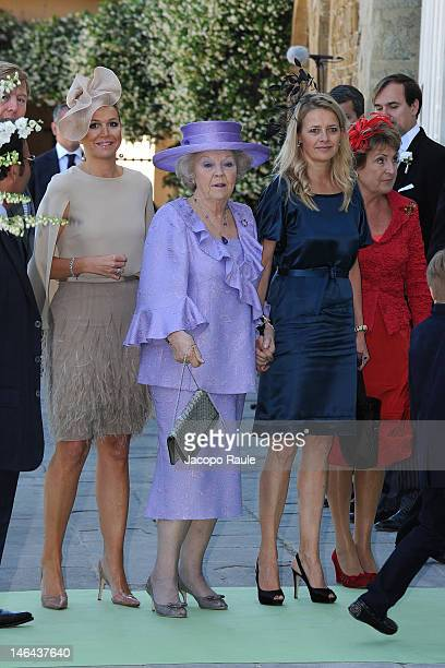 Prince WillemAlexander Princess Maxima of the Netherlands Queen Beatrix Count of Orange ClausCasimir Princess Mabel and Princess Margriet of the...