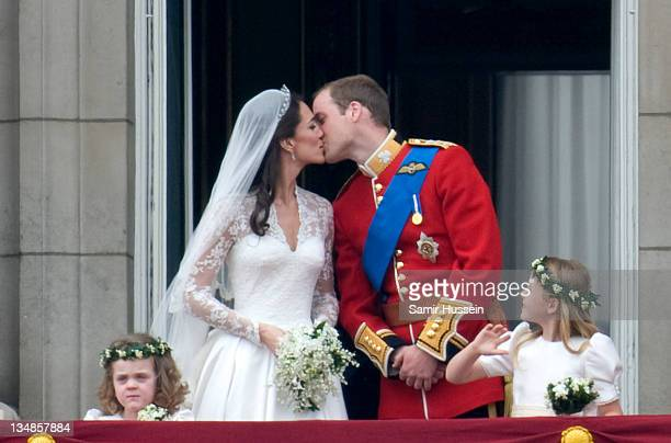 TRH Prince William Duke of Cambridge and Catherine Duchess of Cambridge stand on the balcony of Buckingham Palace after getting married on April 29...