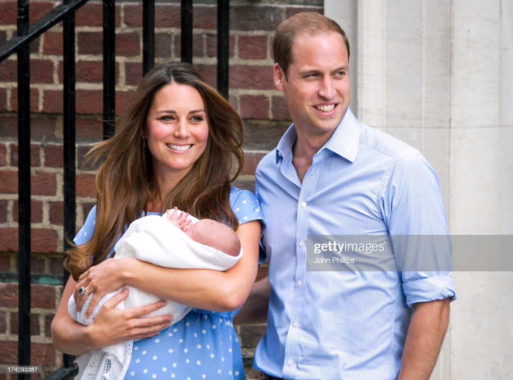 <a gi-track='captionPersonalityLinkClicked' href=/galleries/search?phrase=Prince+William&family=editorial&specificpeople=178205 ng-click='$event.stopPropagation()'>Prince William</a>, Duke of Cambridge and <a gi-track='captionPersonalityLinkClicked' href=/galleries/search?phrase=Catherine+-+Duchess+of+Cambridge&family=editorial&specificpeople=542588 ng-click='$event.stopPropagation()'>Catherine</a>, Duchess of Cambridge with their newborn son depart the Lindo Wing of St Mary's Hospital on July 23, 2013 in London, England. <a gi-track='captionPersonalityLinkClicked' href=/galleries/search?phrase=Catherine+-+Duchess+of+Cambridge&family=editorial&specificpeople=542588 ng-click='$event.stopPropagation()'>Catherine</a>, Duchess of Cambridge yesterday gave birth to a boy at 16.24 BST and weighing 8lb 6oz, with <a gi-track='captionPersonalityLinkClicked' href=/galleries/search?phrase=Prince+William&family=editorial&specificpeople=178205 ng-click='$event.stopPropagation()'>Prince William</a>, Duke of Cambridge at her side. The baby, as yet unnamed, is third in line to the throne and becomes the Prince of Cambridge.