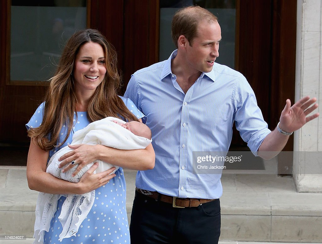 Prince William, Duke of Cambridge and Catherine, Duchess of Cambridge, depart The Lindo Wing with their newborn son <a gi-track='captionPersonalityLinkClicked' href=/galleries/search?phrase=Prince+George+of+Cambridge&family=editorial&specificpeople=11176510 ng-click='$event.stopPropagation()'>Prince George of Cambridge</a> at St Mary's Hospital on July 23, 2013 in London, England. The Duchess of Cambridge yesterday gave birth to a boy at 16.24 BST and weighing 8lb 6oz, with Prince William at her side. The baby, as yet unnamed, is third in line to the throne and becomes the Prince of Cambridge.