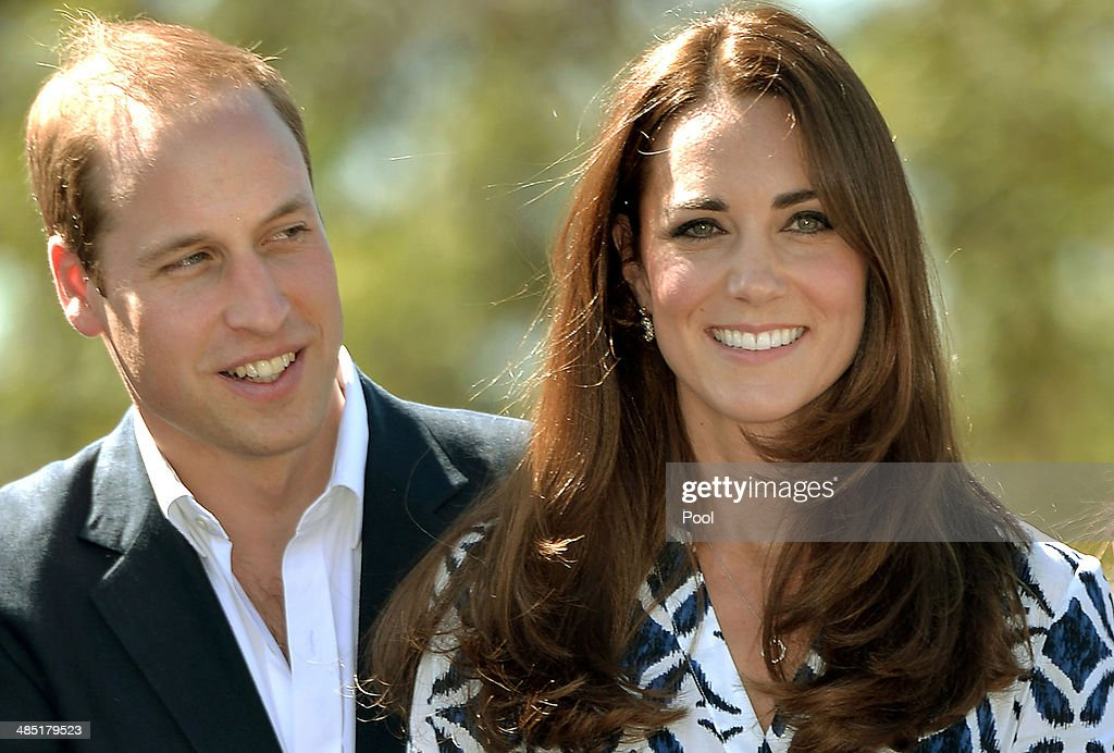 Prince William, Duke of Cambridge and <a gi-track='captionPersonalityLinkClicked' href=/galleries/search?phrase=Catherine+-+Hertiginna+av+Cambridge&family=editorial&specificpeople=542588 ng-click='$event.stopPropagation()'>Catherine</a>, Duchess of Cambridge pose with Winmalee Girl Guides after planting a Summer Red Eucalyptus tree at Winmalee Guide Hall in Yellow Rock during the eleventh day of their official tour to New Zealand and Australia on April 17, 2014 in Winmalee, Australia. The Duke and Duchess of Cambridge are on a three-week tour of Australia and New Zealand, the first official trip overseas with their son, Prince George of Cambridge.