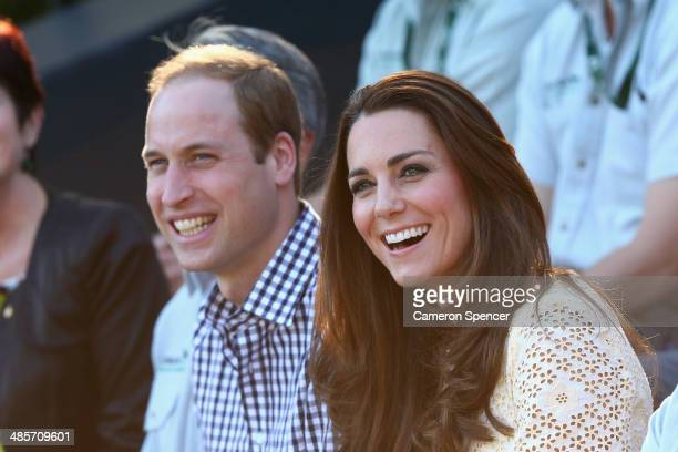 Prince William Duke of Cambridge and Catherine Duchess of Cambridge watch the Bird Show at Taronga Zoo on April 20 2014 in Sydney Australia The Duke...