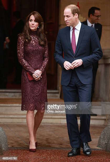 Prince William Duke of Cambridge and Catherine Duchess of Cambridge walk out to welcome the President of the Peoples Republic of China Mr Xi Jinping...