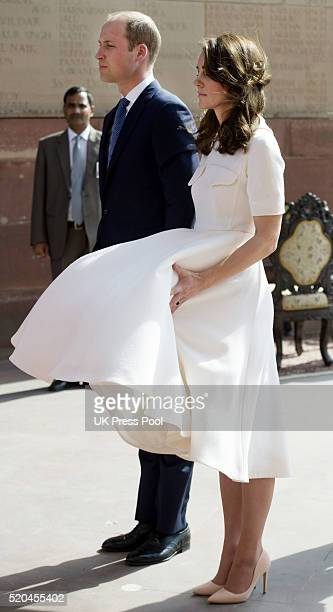 Prince William Duke of Cambridge and Catherine Duchess of Cambridge visit the war memorial India Gate to lay a wreath on April 11 2016 in New Delhi...