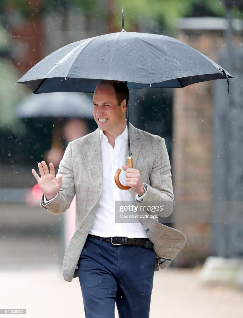Prince William, Duke of Cambridge arrives to view tributes to Diana, Princess of Wales left at the gates of Kensington Palace after visiting the Sunken Garden on August 30, 2017 in London, England. The Sunken Garden has been transformed into a White Garden dedicated to Diana, Princess of Wales mother of The Duke of Cambridge and Prince Harry marking the 20th anniversary of her death.