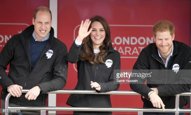 Prince William Duke of Cambridge Catherine Duchess of Cambridge and Prince Harry officially start the 2017 Virgin Money London Marathon elite men's...