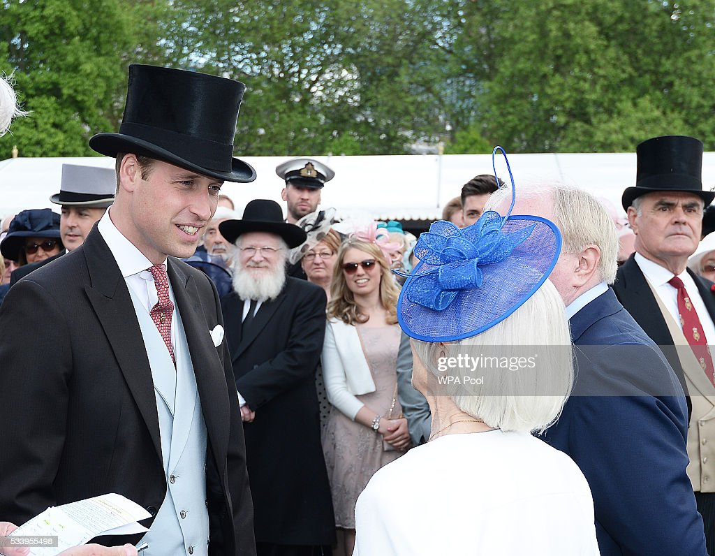 <a gi-track='captionPersonalityLinkClicked' href=/galleries/search?phrase=Prince+William&family=editorial&specificpeople=178205 ng-click='$event.stopPropagation()'>Prince William</a>, Duke of Cambridge greets guests attending a garden party at Buckingham Palace on May 24, 2016 in London, England.