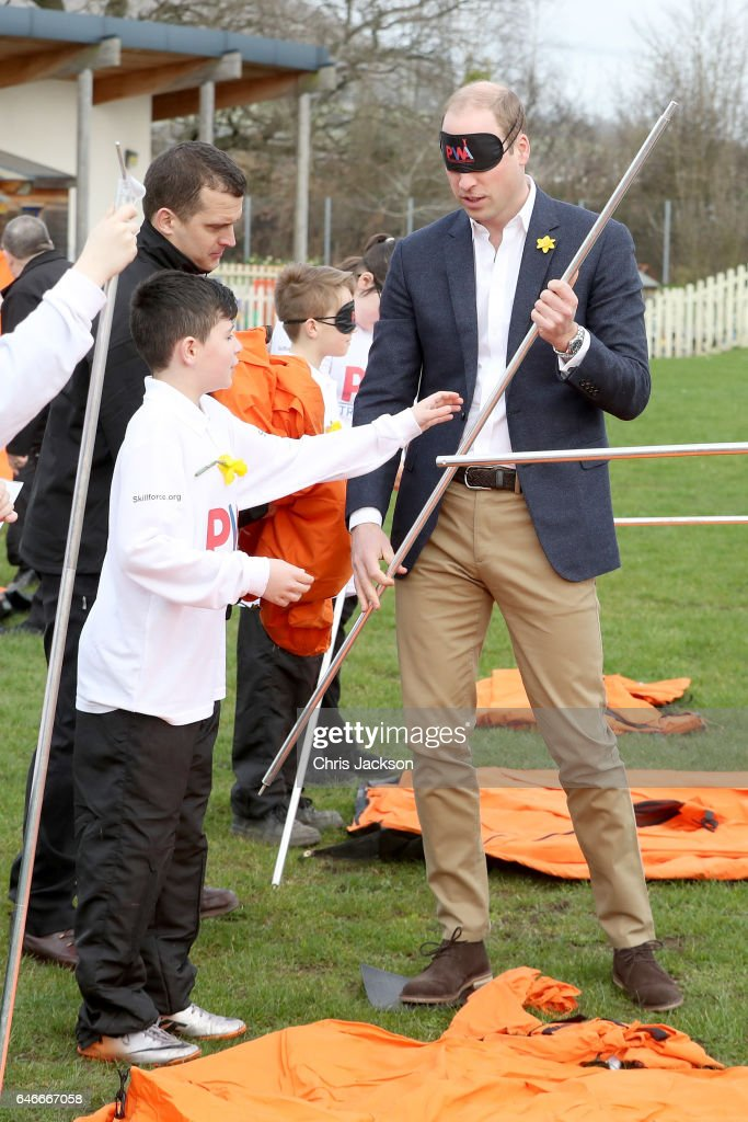 prince-william-duke-of-cambridge-helps-children-with-a-leadership-picture-id646667058