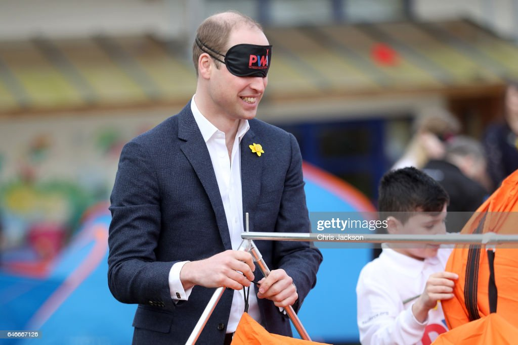 prince-william-duke-of-cambridge-helps-children-with-a-leadership-picture-id646667126