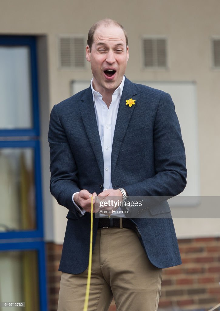 prince-william-duke-of-cambridge-is-helps-children-with-a-leadership-picture-id646712732
