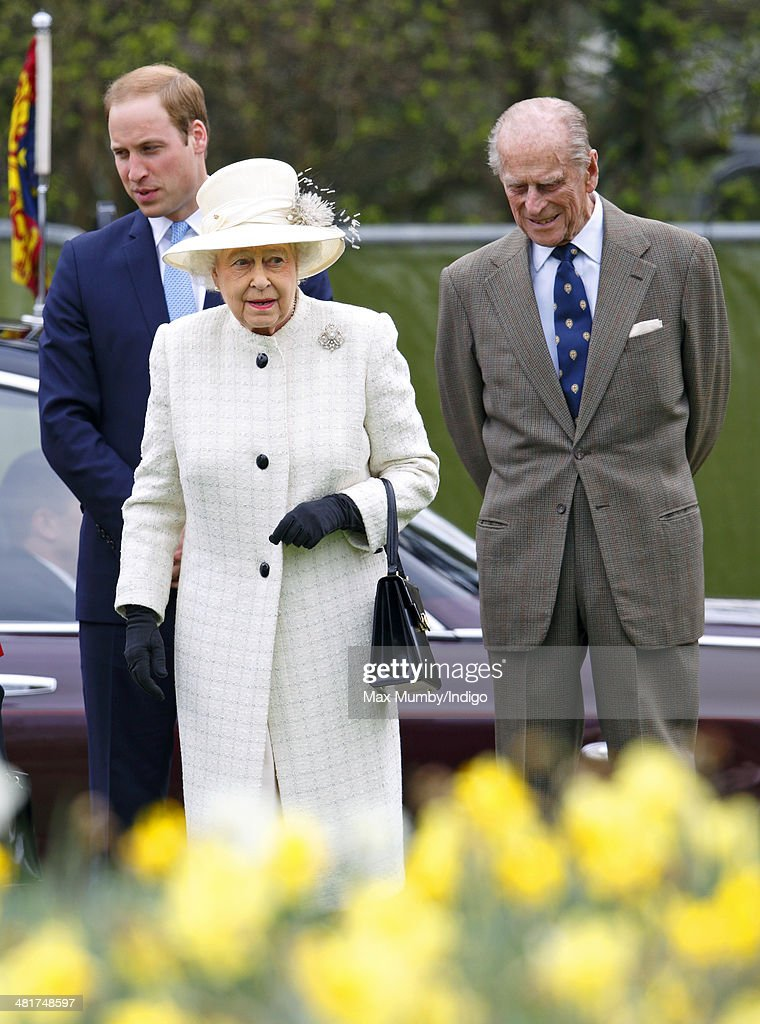 <a gi-track='captionPersonalityLinkClicked' href=/galleries/search?phrase=Prince+William&family=editorial&specificpeople=178205 ng-click='$event.stopPropagation()'>Prince William</a>, Duke of Cambridge, Queen <a gi-track='captionPersonalityLinkClicked' href=/galleries/search?phrase=Elizabeth+II&family=editorial&specificpeople=67226 ng-click='$event.stopPropagation()'>Elizabeth II</a> and <a gi-track='captionPersonalityLinkClicked' href=/galleries/search?phrase=Prince+Philip&family=editorial&specificpeople=92394 ng-click='$event.stopPropagation()'>Prince Philip</a>, Duke of Edinburgh attend the Windsor Greys Statue unveiling on March 31, 2014 in Windsor, England. The statue marks 60 years of The Queen's Coronation in 2013 and the important role played by Windsor Greys in the ceremonial life of the Royal Family and the Nation.