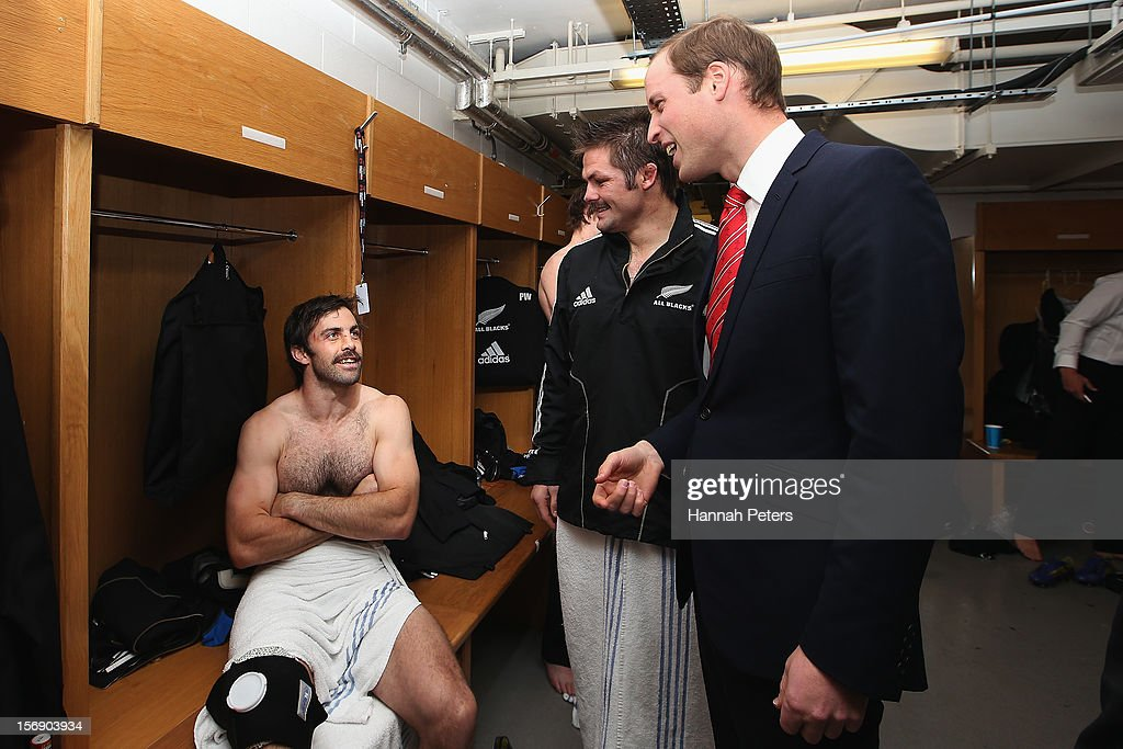 Prince William, Duke of Cambridge talks with Richie McCaw and Conrad Smith of the All Blacks following the international match between Wales and New Zealand at Millennium Stadium on November 24, 2012 in Cardiff, Wales.
