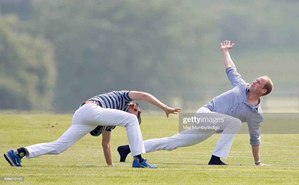 <a gi-track='captionPersonalityLinkClicked' href=/galleries/search?phrase=Prince+William&family=editorial&specificpeople=178205 ng-click='$event.stopPropagation()'>Prince William</a>, Duke of Cambridge (R) warms up before talking part in the Audi Polo Challenge at Coworth Park Polo Club on May 28, 2016 in Ascot, England.