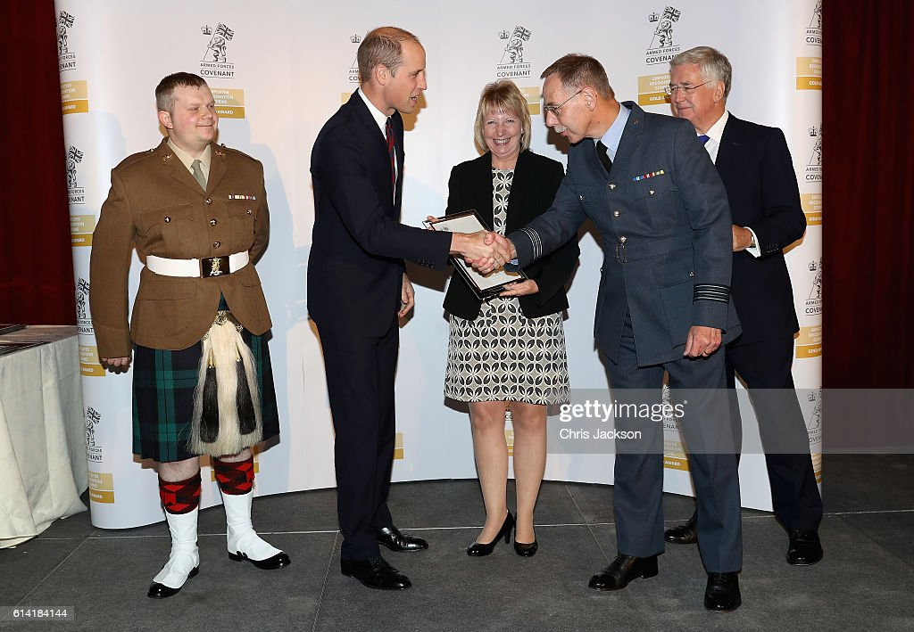 prince-william-duke-of-cambridge-with-representatives-from-dundee-picture-id614184144