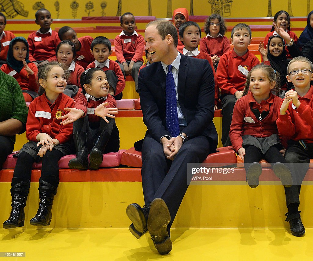 <a gi-track='captionPersonalityLinkClicked' href=/galleries/search?phrase=Prince+William&family=editorial&specificpeople=178205 ng-click='$event.stopPropagation()'>Prince William</a>, Duke of Cambridge with young children from Chandos Primary School during story time as he visits Birmingham Library on November 29, 2013 in Birmingham, England.